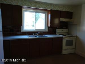 8100 S Garlock Road, Carson City, MI 48811