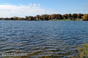 7691 West Lake Drive, 673, Canadian Lakes, MI 49346