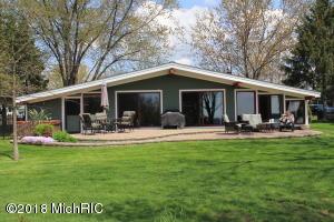 46641 Lakeview Drive, Decatur, MI 49045