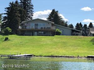 7114 Southwest Drive, Canadian Lakes, MI 49346