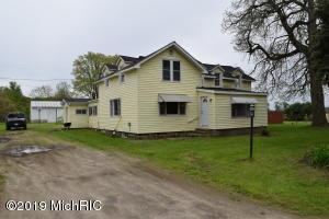 257 N Briggs Road, Quincy, MI 49082