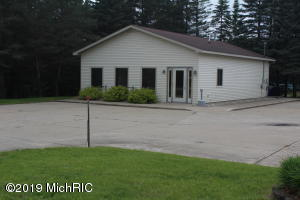 1112 Manistee Street, Lake City, MI 49651