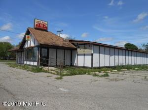 950 N Main Street, Tekonsha, MI 49092