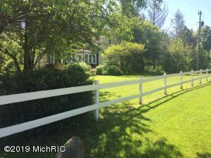 11971 S HILDEBRANDT Road, Sawyer, MI 49125