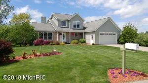 9220 Apple Ridge Drive, Clarksville, MI 48815