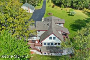 5086 S Dickerson Road, Lake City, MI 49651