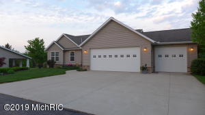 4705 46th Street, Holland, MI 49423