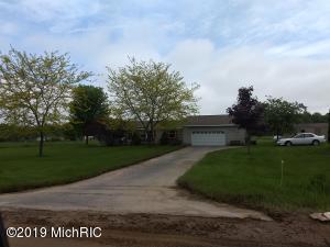 14850 Hall Road, Ravenna, MI 49451