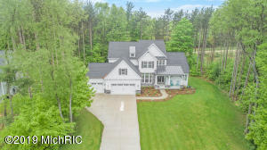 10309 Shannon's Way, West Olive, MI 49460
