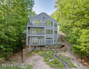 7912 Old Channel Trail, Montague, MI 49437