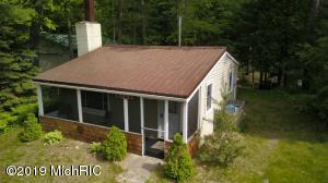 5870 Birch Drive, Barryton, MI 49305