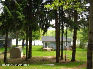 11894 N Highland Drive, Bitely, MI 49309