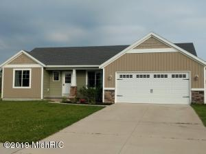 22 Browning Drive, Shelbyville, MI 49344