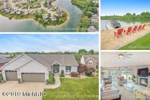 6527 Summer Shores Drive SE, Grand Rapids, MI 49548