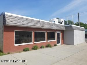 102 N Van Buren Street, Bloomingdale, MI 49026