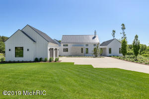 2832 Burwood Hill Court, Ada, MI 49301