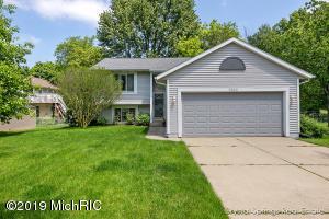 1463 Manton Street NE, Grand Rapids, MI 49505