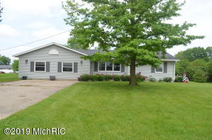 31986 W Colon Road, Colon, MI 49040