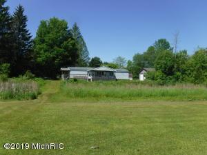 1862 Riverview Drive, Hersey, MI 49639