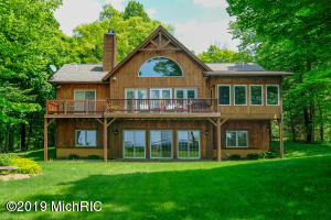 1096 Lake Michigan Drive, South Haven, MI 49090