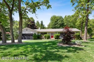 13892 Lakewood Drive, Harbert, MI 49115