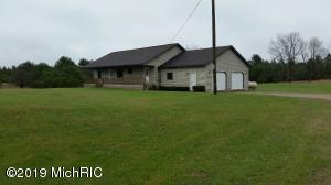 22623 11 Mile Road, Reed City, MI 49677