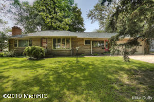 3021 Buchanan Avenue SW, Grand Rapids, MI 49548
