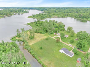 Property for sale at 4184 Bristol Oak Drive, Dowling,  Michigan 49050