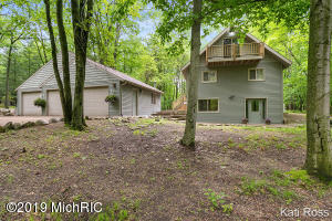 9948 Rising Star Lane, Canadian Lakes, MI 49346