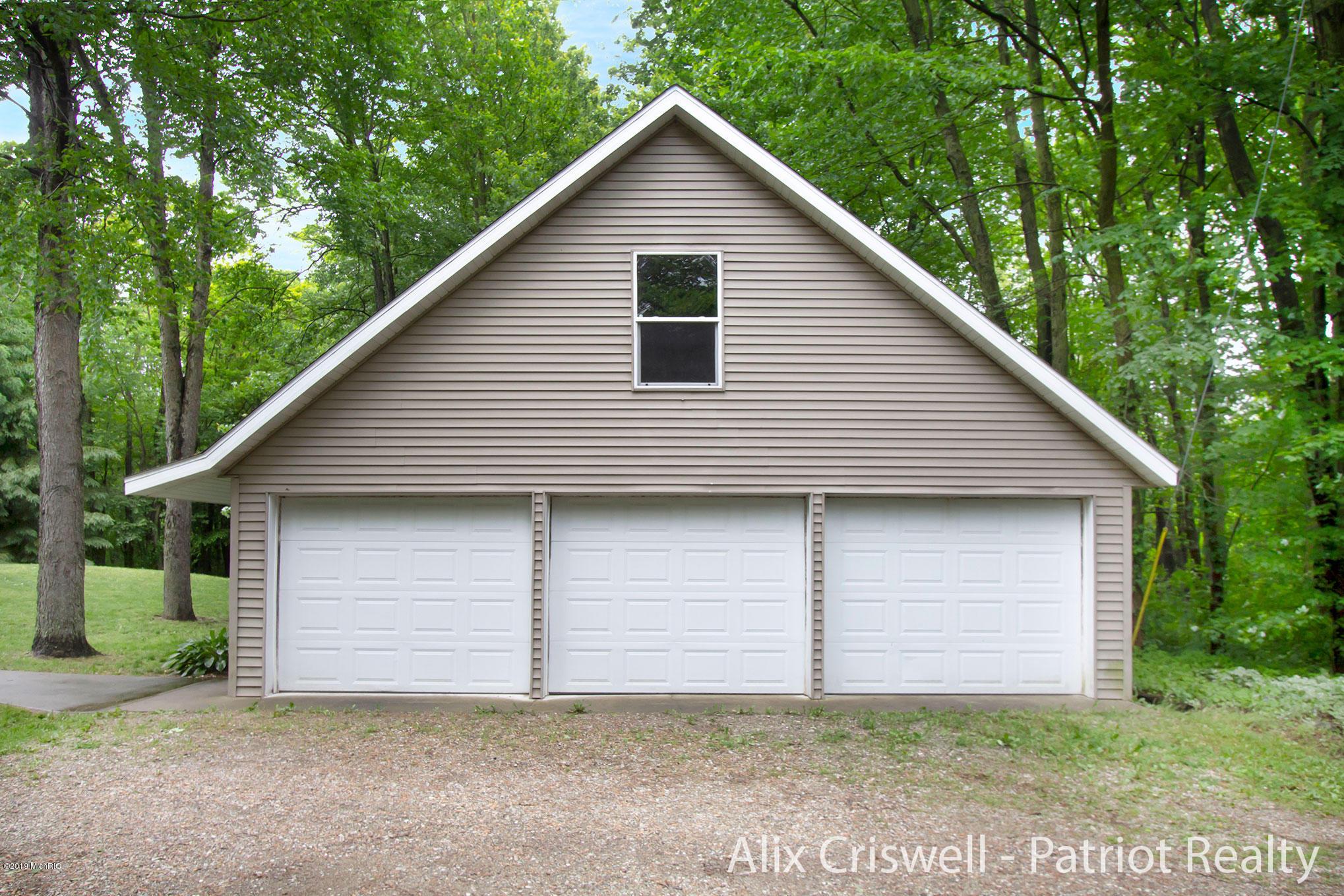 6079 126th Garage -9804