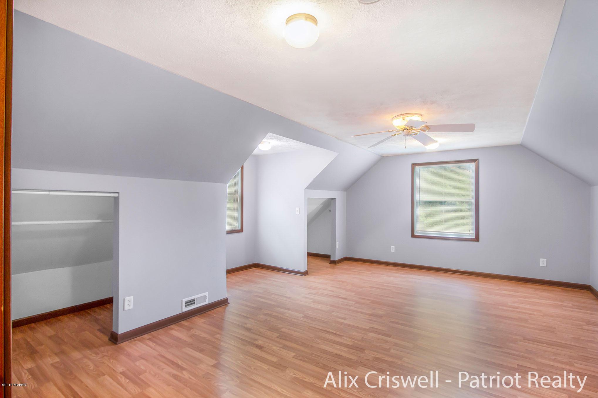 6079 126th Upper Bedroom #2 -9729