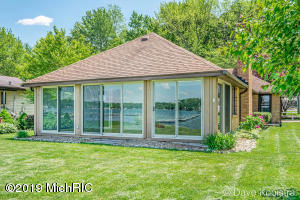 Property for sale at 10992 Shady Ln Drive, Middleville,  Michigan 49333