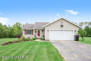 4950 Glen Bluff Drive, Sand Lake, MI 49343