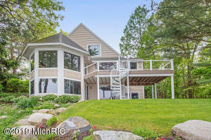 18887 N Fruitport Road, Spring Lake, MI 49456