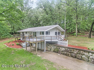 11011 Podunk Avenue NE, Greenville, MI 48838