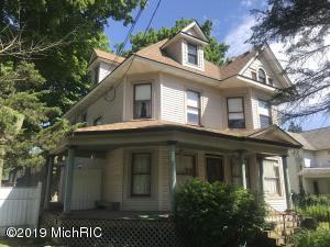 205 E Delaware Street, Decatur, MI 49045
