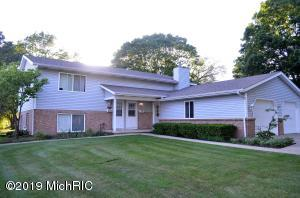 2715-2717 Hague Avenue SW, Wyoming, MI 49519