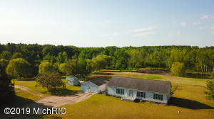 7391 W Battle Road, Lake, MI 48632