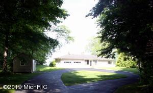 3787 N Scenic Drive, Muskegon, MI 49445