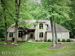 7853 Summerhill Court, Kalamazoo, MI 49009