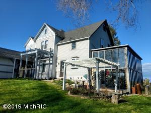 5615 W Marshville Dam Road, Shelby, MI 49455