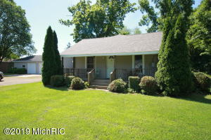 3984 Berrien Street, New Troy, MI 49119