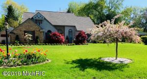4660 E Hillcrest Drive, Berrien Springs, MI 49103