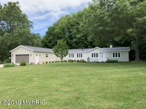 5863 Old Allegan Road, Hamilton, MI 49419