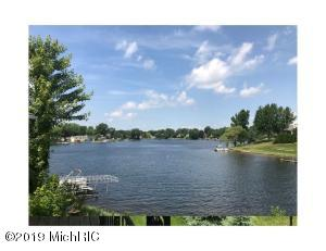 14233 Blarney Circle, Cement City, MI 49233
