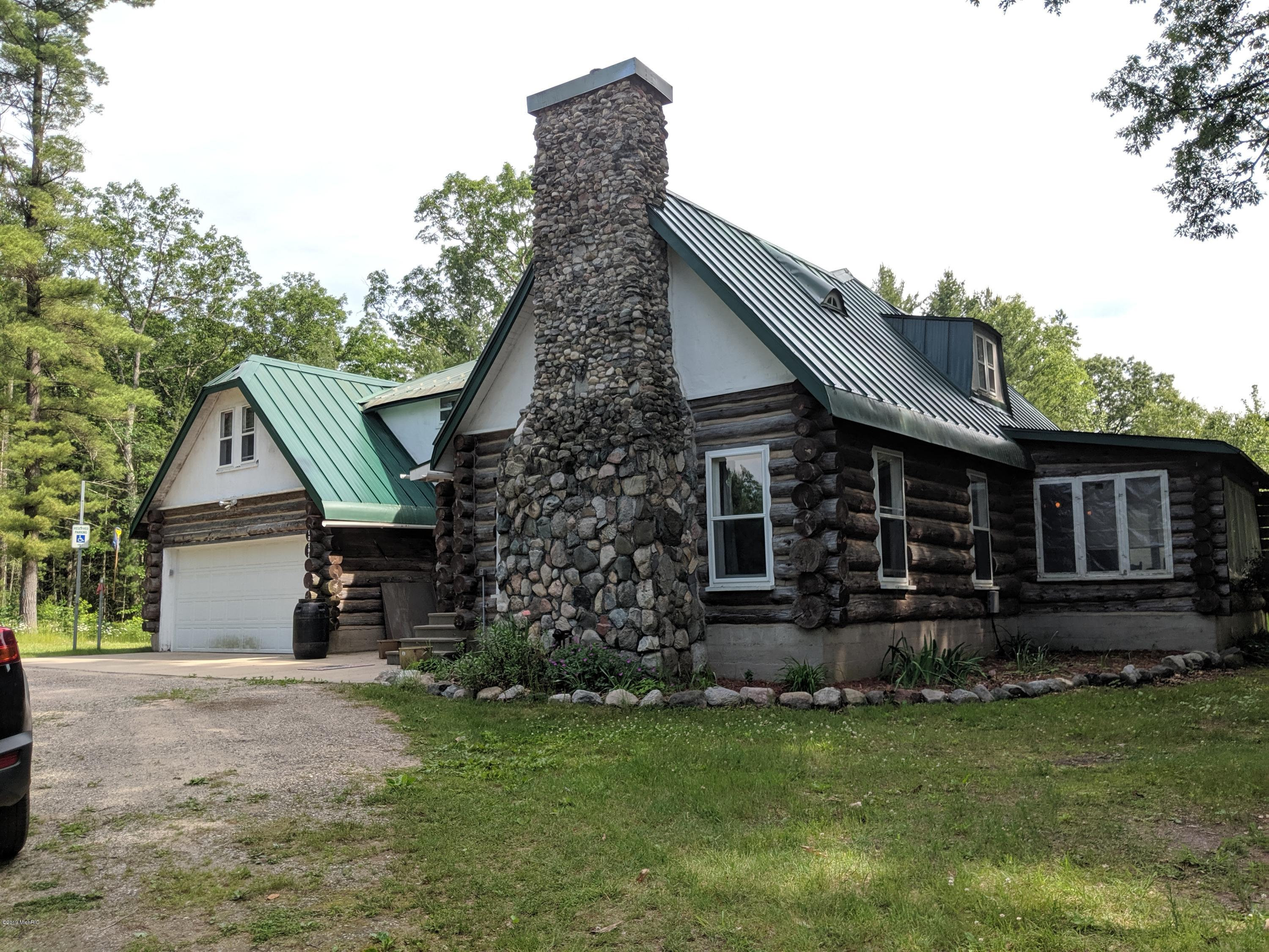 Northwest Michigan Log Homes - Michigan Log Homes For Sale