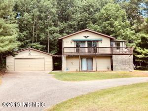 10722 Shawnee Trail, Canadian Lakes, MI 49346