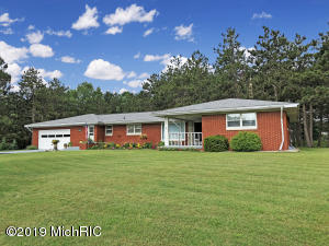 1588 Cherry Road, Manistee, MI 49660