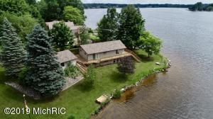 1034 Crown Point Drive, Lake Isabella, MI 48893