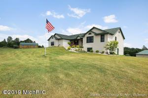2531 19 Mile Road NE, Cedar Springs, MI 49319